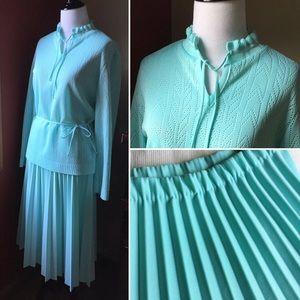 Vintage 2 pc Knit Concepts pastel blue skirt set